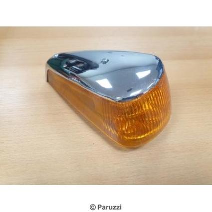Turn indicators (amber lens) pair.