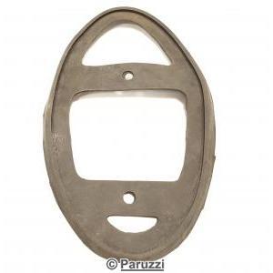 Seals taillight B-quality per pair.