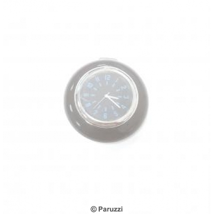 Horn button with clock.
